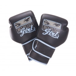 BAD GIRL - Boxing gloves